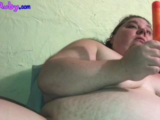 Fat Girl Popsicle Masturbation Attempt-This is How You Get Frostbit