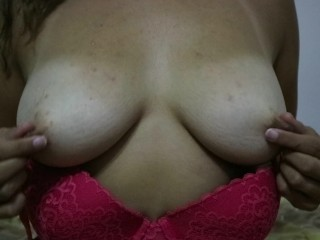Oiling Up My Big Tits