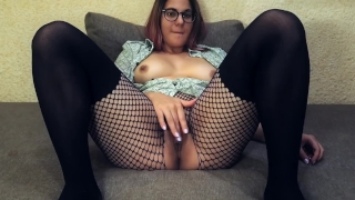 Hot babe cums on webcam : Teacher of Magic fingering orgasm Sex big