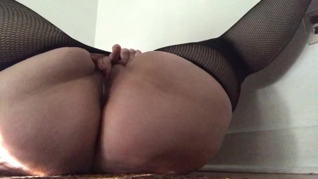 Carlycurvy striptease with dirty talk and cum countdown 11