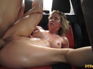MILF SLUT CHERIE DEVILLE HAS EXTREMELY HOT PUBLIC SEX IN A CAR