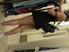 public upskirt teen with no panties