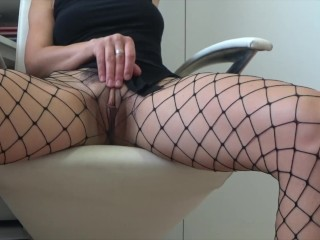 Wanna rip my fishnet ? Real orgasm Amateure 4k