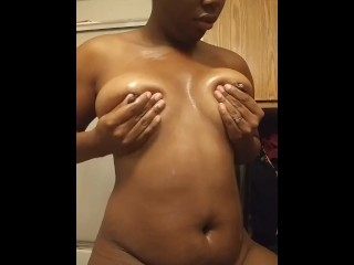 Ebony in need of cock fucks herself