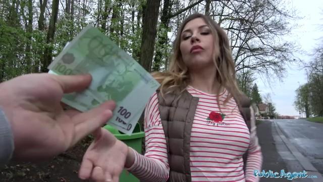 Rychlý prachy - turistka z Ruska | Jenporno.cz->
