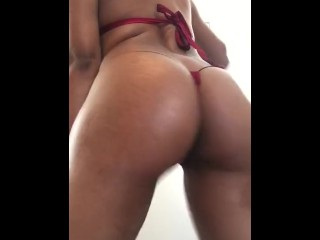 Shaking ass for daddy...