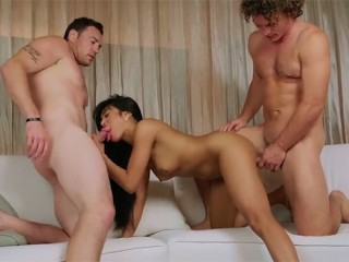Ember's first time with 2 Cocks
