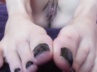 Close up toes. my size 41 feet