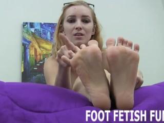 Femdom Foot Fetish And Feet Worshiping Videos