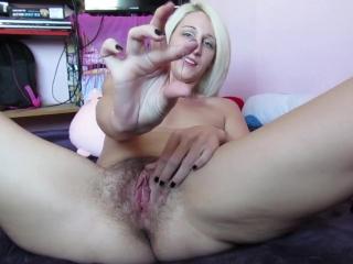 big clit rubbing double orgasm