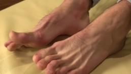 Erik Lanak - Feet