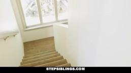 StepSiblings - Hoe Her the Money