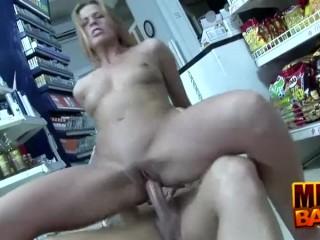 Mini Mart Fucking Milf Priscilla
