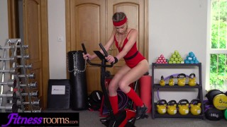Fitness Rooms French blonde Angel Emily face fucked by personal trainer porno