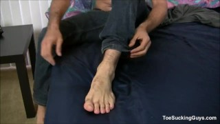 Gay reigns geo bear solo masturbation off tattooed