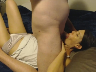 Hot MILF loves taking a cock in the mouth before bedtime