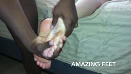 Alexxx Size 8 toe rub footjob Part 1 footrub