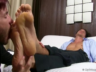 Deviant stud loves to have his feet licked and toes suckled