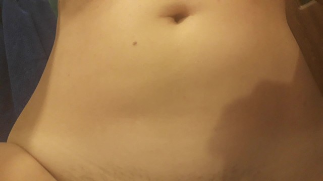 Peeing in the bath tub. Dirty unshaved pussy before bath. Shake that ass. W 5
