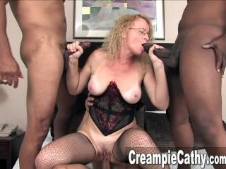 Milf Gets Massive Creampie