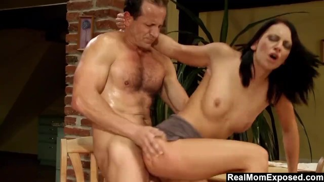 RealMomExposed - Sexy Mom Eva Torres Fucked Hard On The Kitchen Table