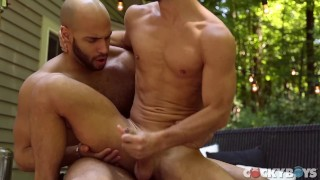 Stud, Allen King Seduces Sean Zevrans BIG COCK