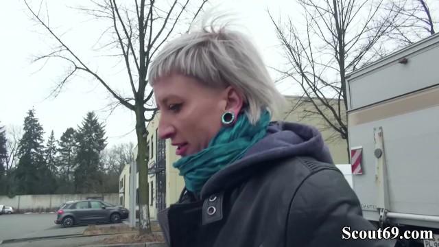 GERMAN SCOUT - Schlankes Punk Teen mitten in Berlin getroffen und gefickt 13