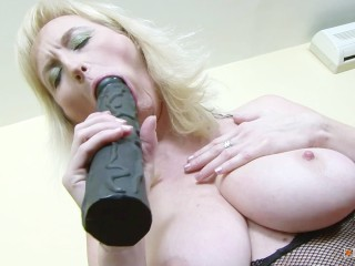 Sexy blonde mature meets younger african guy for...
