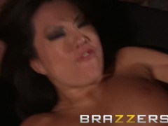 Brazzers - Asa Akira gets roughed up and fucked by multiple cock