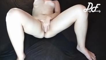 Amazing milf masturbation, crossed legs orgasm ~DirtyFamily~