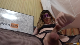 TS-girl Jerking her Cock porno