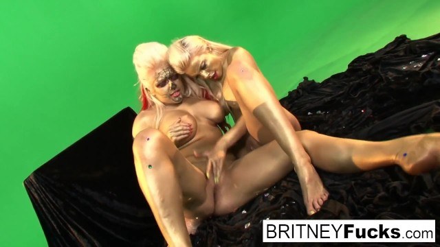 Gold painted lesbian hotties get it on 12