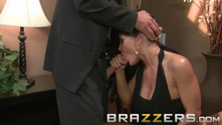 Brazzers - Lisa Ann & Mick Blue - Hot Milf gets some big cock for dinner Milf pussy