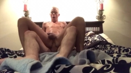Boyfriends powerfuck in bedoom