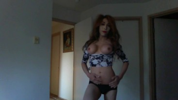 hot latina ts shemale top petite horny home alone !