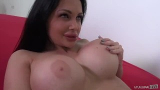 ALETTA OCEAN FUN TIME with REALITY TV STAR! Busty Babe, Monster Curves Rocks Dan's World!