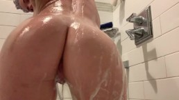 Scrub a dub dub Milf in the tub