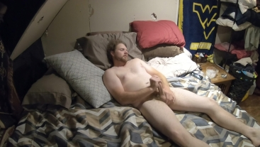 "Hairy Bear ""Trucker Dad"" jerking on film"