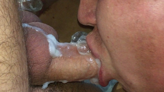 Twink mouth - Hot cum in mouth / selfsuck ocean of sperm