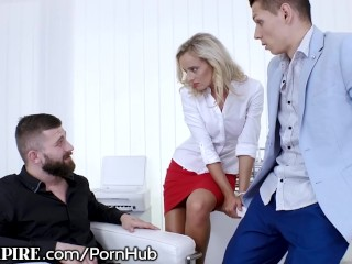 hot guy fucking a hot chick