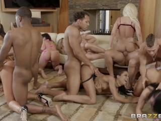 Brazzers House Season 3 Ep3 Abella Danger hosts an insane orgy fuck fest