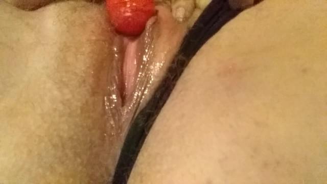 Blow Pop my Pussy Please 18