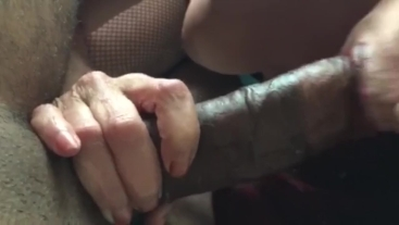 Squirting Milf creampie