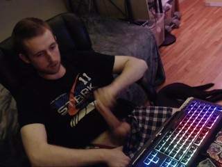 Gay stud jerks cock webcam audience horny to...