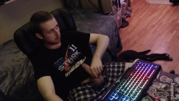 Gay stud jerks huge uncut cock for live webcam audience