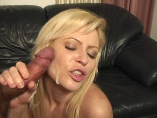 Stepdaughter Wants to Fuck her Dad