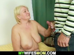 Guy helps girlfriend's old mother cum