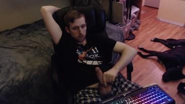 Jerking off big uncut dick on cam (no cumshot)