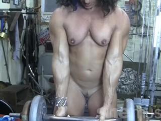 Bodybuilder kiss muscles...