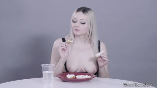 A aquinas fetish food munches bagel asmr arielle woodrocket mukbang